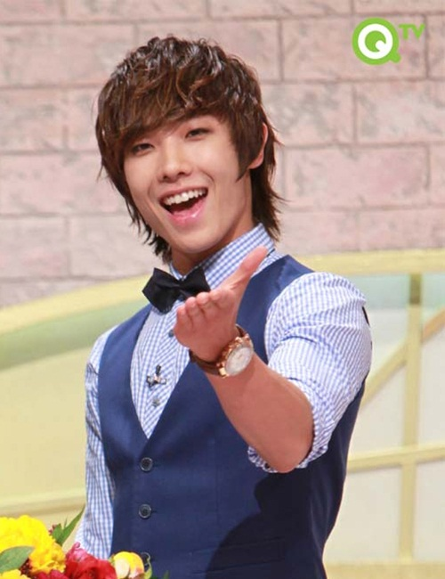 http://em1793.files.wordpress.com/2011/04/lee-joon-mblaq.jpg?w=500&h=650
